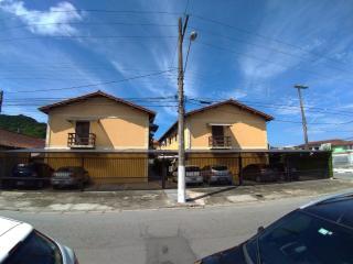 Guarujá: Casa em condomínio toda reformada 1