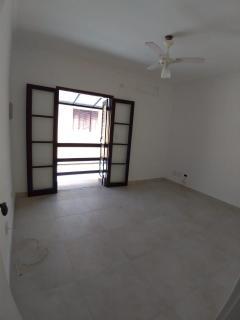 Guarujá: Casa em condomínio toda reformada 4
