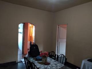 Queimados: vendo casa grande com 3 quartos, e mas terreno grande 5