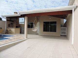 Peruíbe: Casa com piscina em Peruibe 8