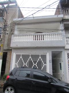 Barueri: Vendo excelente sobrado com 4 quartos e 4 banheiros (ideal ara grandes famílias) 1