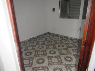 Barueri: Vendo excelente sobrado com 4 quartos e 4 banheiros (ideal ara grandes famílias) 3