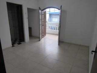 Barueri: Vendo excelente sobrado com 4 quartos e 4 banheiros (ideal ara grandes famílias) 4