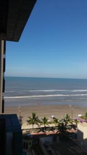Mongaguá: Belo apto mobiliado, 2 dorm., prédio na praia  em Mongaguá-São Paulo 2