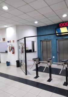 Sorocaba: Parque Campolim - Sorocaba-SP - Conjunto Comercial Mobiliado (3 Banheiros, 3 Vagas na garagem e Ar condicionado) Um Ótimo Negócio!!! 3