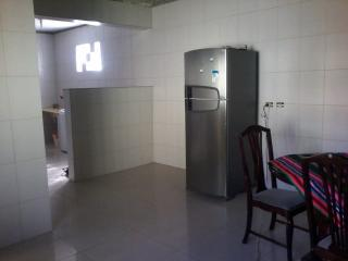 Guarulhos: Casa térrea em Guarulhos, 03 dormit, quintal enorme, garagem para caminhão! 3