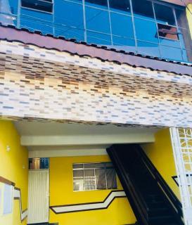 São Paulo: Vendo otimo sobrado com 2 casas para renda ou moradia! 2