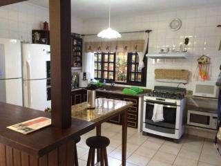 São Sebastião: Casa de 675m² a duas quadras da Praia de Juquehy 7