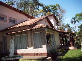 Petrópolis: CASA / POUSADA MOBILIADA - NOGUEIRA 2