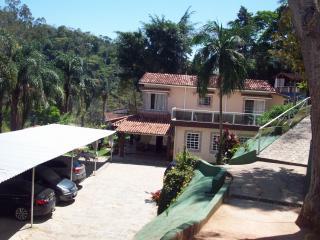 Petrópolis: CASA / POUSADA MOBILIADA - NOGUEIRA 6