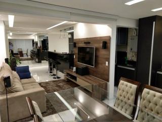 São Paulo: Apartamento de luxo para casal atrás do shopping Morumbi Town 1