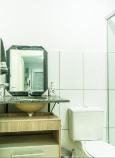 Porto Alegre: Apartamento 2 dormitórios com suíte e pátio privativo 6