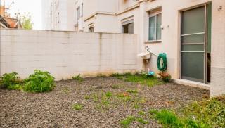 Porto Alegre: Apartamento 2 dormitórios com suíte e pátio privativo 8