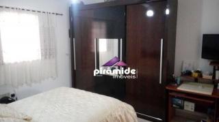 São José dos Campos: Casa com 5 dormitorios 2
