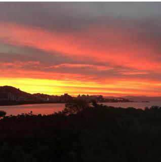 Florianópolis: Apartamento 3 quarto frente ao mar 1