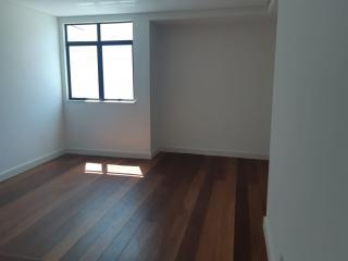 Juiz de Fora: Excelente apartamento 4 quartos - 1 por andar - de frente 8