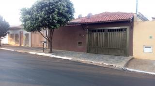 Jardinópolis: CASA TÉRREA 2