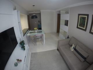 Curitiba: Prático apartamento 2 quartos em condomínio clube no Vista Alegre/Mercês 1