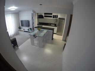 Curitiba: Prático apartamento 2 quartos em condomínio clube no Vista Alegre/Mercês 3