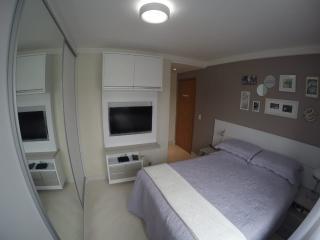 Curitiba: Prático apartamento 2 quartos em condomínio clube no Vista Alegre/Mercês 7