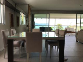 Florianópolis: Apartamento andar inteiro em Jurerê com vista completa do mar, direto com proprietário 4