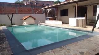 Niterói: Casa padrão térrea com piscina grande 4