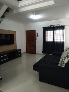 Guarujá: Casa com 03 dormitórios - Astúrias 1