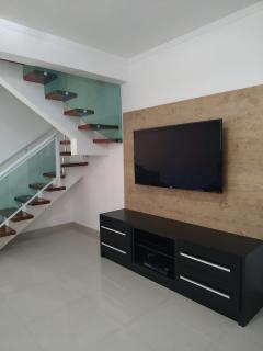 Guarujá: Casa com 03 dormitórios - Astúrias 3