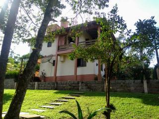 Araranguá: Casa em Morro dos conventos, Araranguá SC, 3 quartos. 2