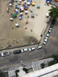 Guarujá: Apartamento em frete a praia Pronto! (181m2) 2