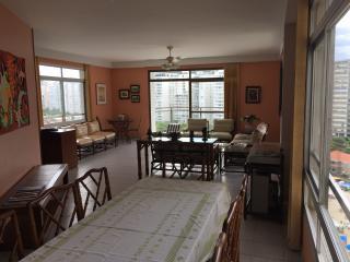 Guarujá: Apartamento em frete a praia Pronto! (181m2) 3