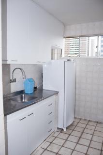 Recife: Apartamento padrão com 3 quartos e sala com dois ambientes na Madalena 3