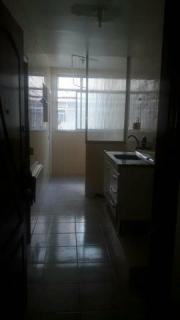 Rio de Janeiro: Apartamento frente garagem varanda 2qtos 2 banheiros portaria 24h 8