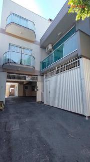 Camboriú: Vendo Prédio sendo 2 terrenos conjugados com 850 mts de construção, sendo 5 apartamentos, 1 casa, 1 escritório com depósito ! a 5 minutos de carro da praia central de balneário Camboriú, com excel 6