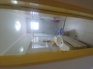 Santos: Apartamento 2 quartos, suite e WC social, reformado, garagem demarcada, bx condomínio 6