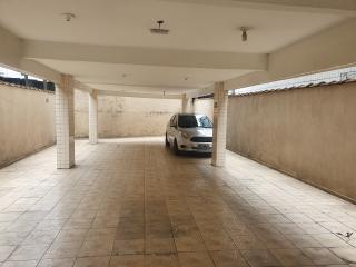 Santos: Apartamento 2 quartos, suite e WC social, reformado, garagem demarcada, bx condomínio 7