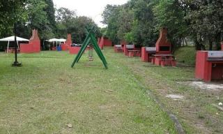 São Paulo: Apto em Condomínio Clube 3