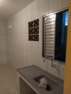 São Paulo: Casa quarto e cozinha - Jd Miriam 3