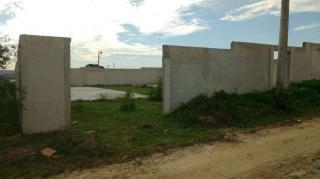 Cabo Frio: Excelente e amplo terreno, com projeto para 04 casas, plano e murado, com 600 m² 3