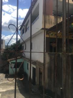 Pombos: 3 casas pelo preço de uma 1