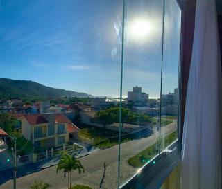 Governador Celso Ramos: Apartamento pronto para morar e com mobília, próximo a praia. 5