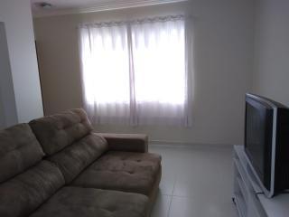 São Roque: Linda casa térrea com salão de 100m² no piso inferior - 55km de SP 3
