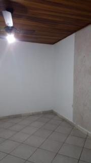 Guaratinguetá: Casa com 2 quartos, 1 suíte, ponto comercial, à venda em Guaratinguetá 8