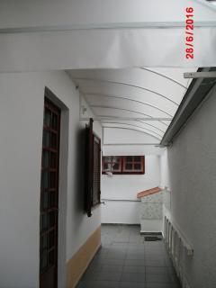 São José dos Campos: Casa  na segunda quadra do Bosque 4
