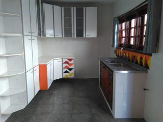 São José dos Campos: Casa  na segunda quadra do Bosque 5