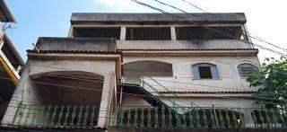 Volta Redonda: Excelente prédio de casas e loja no Eucaliptal 1