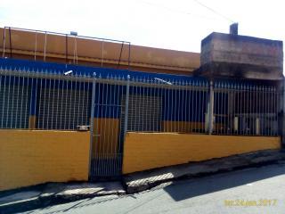 Volta Redonda: Excelente prédio de casas e loja no Eucaliptal 7