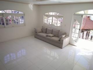 São Gonçalo: Casa Duplex em Condomínio com 03 quartos, sendo 01 suíte, para Venda em São Gonçalo 6