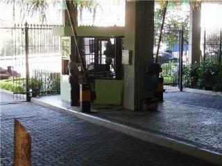 Rio de Janeiro: Apartamento na Freguesia, vende-se 2